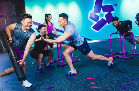Celebrity Fitness Thailand Power Core Class 1